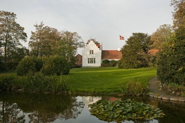 parken, dammen och huset